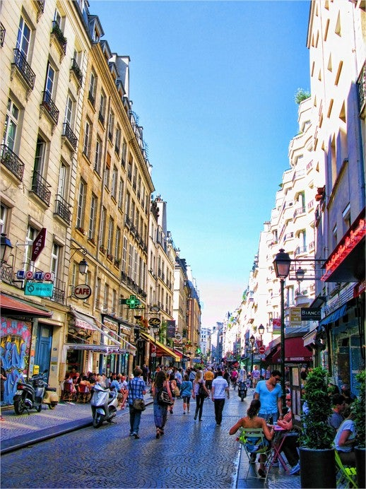 Dos and Don'ts in Paris