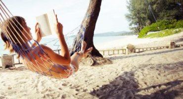 Reisezeit ist Lesezeit: 94% schmökern im Urlaub