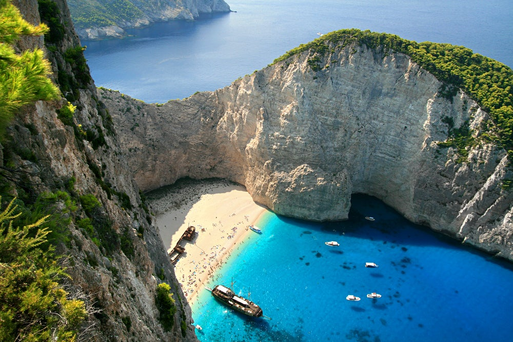 pin zakynthos navagio beach shipwreck on pinterest. Black Bedroom Furniture Sets. Home Design Ideas