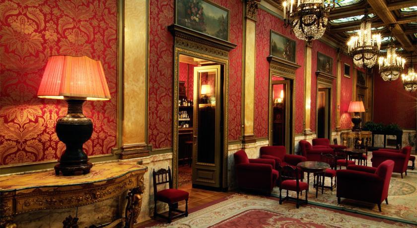 Das Grand Hotel Plaza in Rom