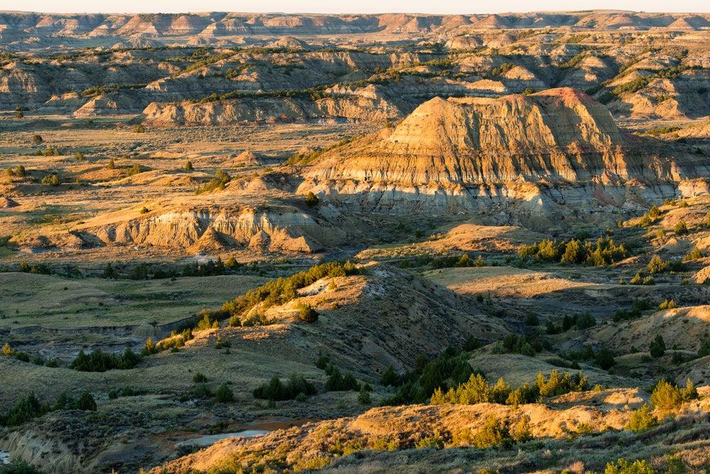 USA-North-Dakota-Theodore-Roosevelt-National-Park-Badlands