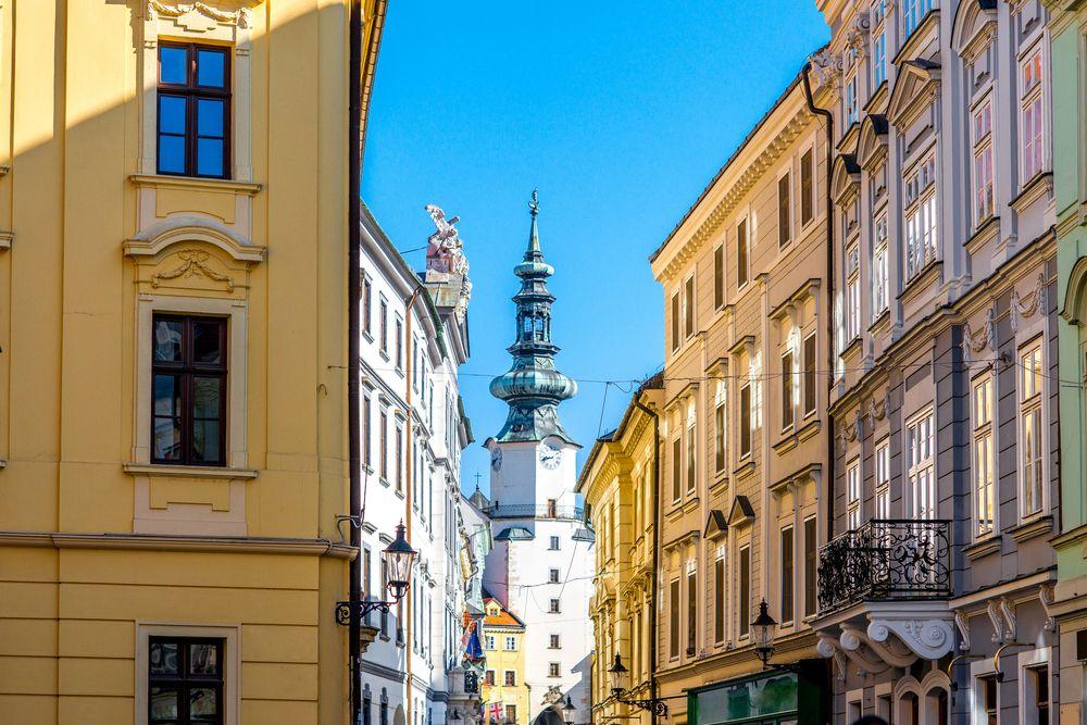 Schöne-Städte-Europa-Bratislava-St-Michael