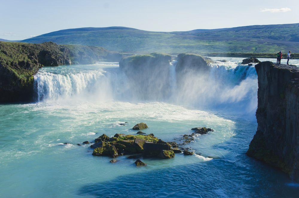 Schöne-Städte-Europa-Reykjavik-Wasserfall
