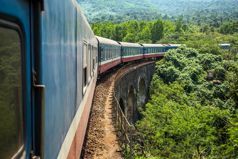 reisen in vietnam, urlaub in vietnam, zugfahren in vietnam