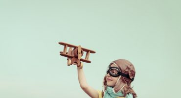 Alleinreisende Kinder – Die Bestimmungen der Airlines