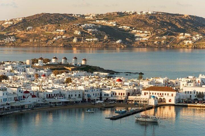 vue du port Hora Mykonos Grèce - blog Opodo