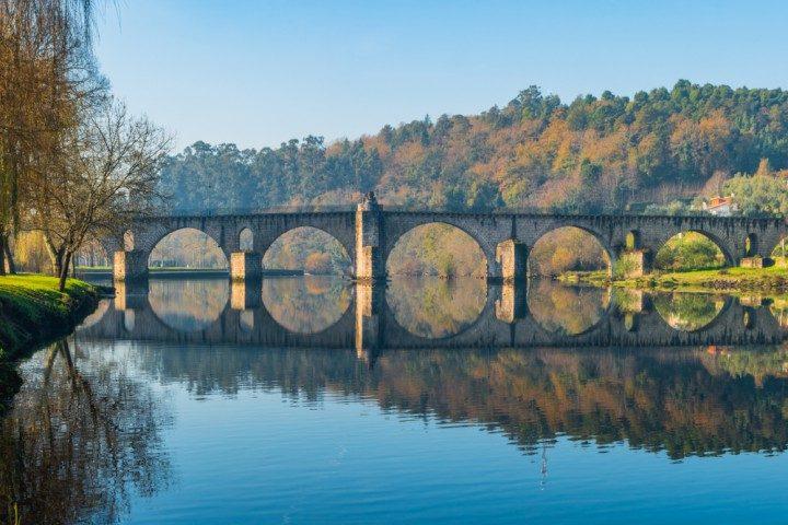 ponte de barca, brücke lima, portugal, vinho verde route